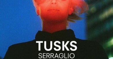 Tusks Live in Italia