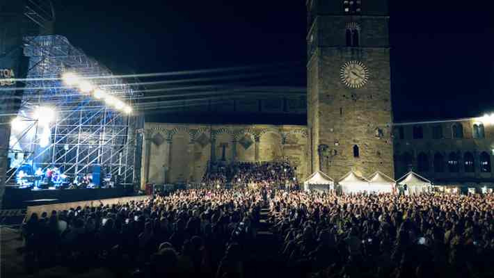 Pistoia Blues City Session